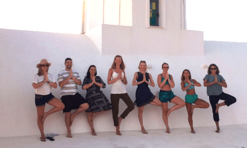 AdventureYogi guests in Santorini