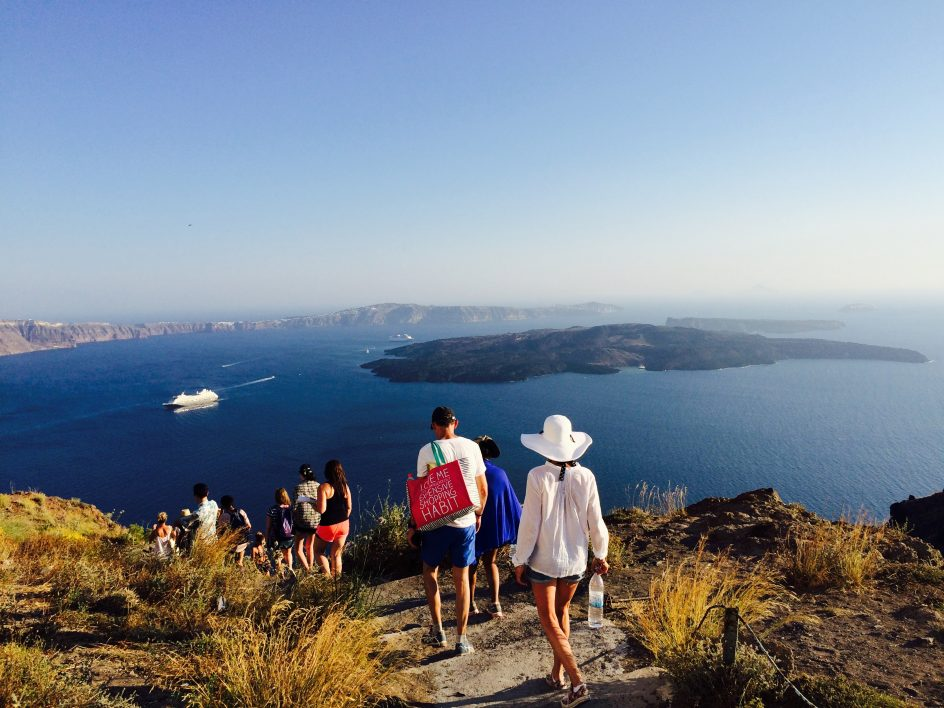 walking to Thira in santorini along the coast