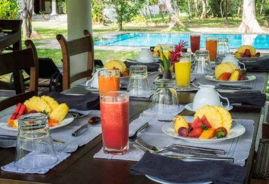 breakfast in pavilion sri lanka sunshine and yoga holiday