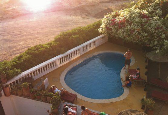 pool-area-yoga-retreat-morocco