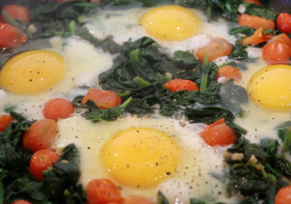 Spinach Baked Eggs Recipe (Video)