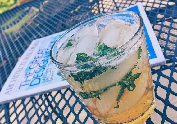 Festive Mocktails: Ginger Basil Grapefruit Spritzer