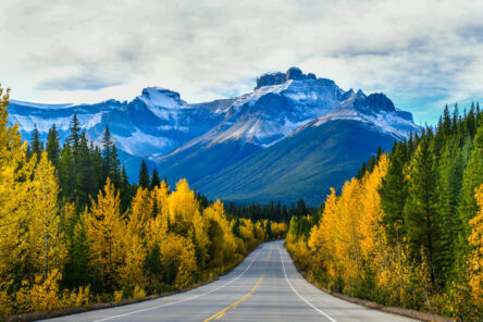 Cnada travel destination mountains