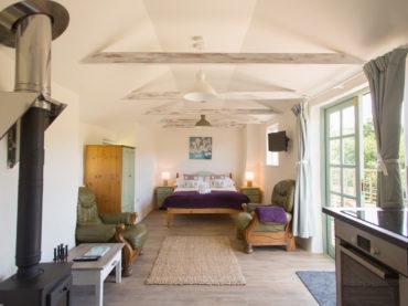 double bed-woodturner-kitchen-stuio-styleroom