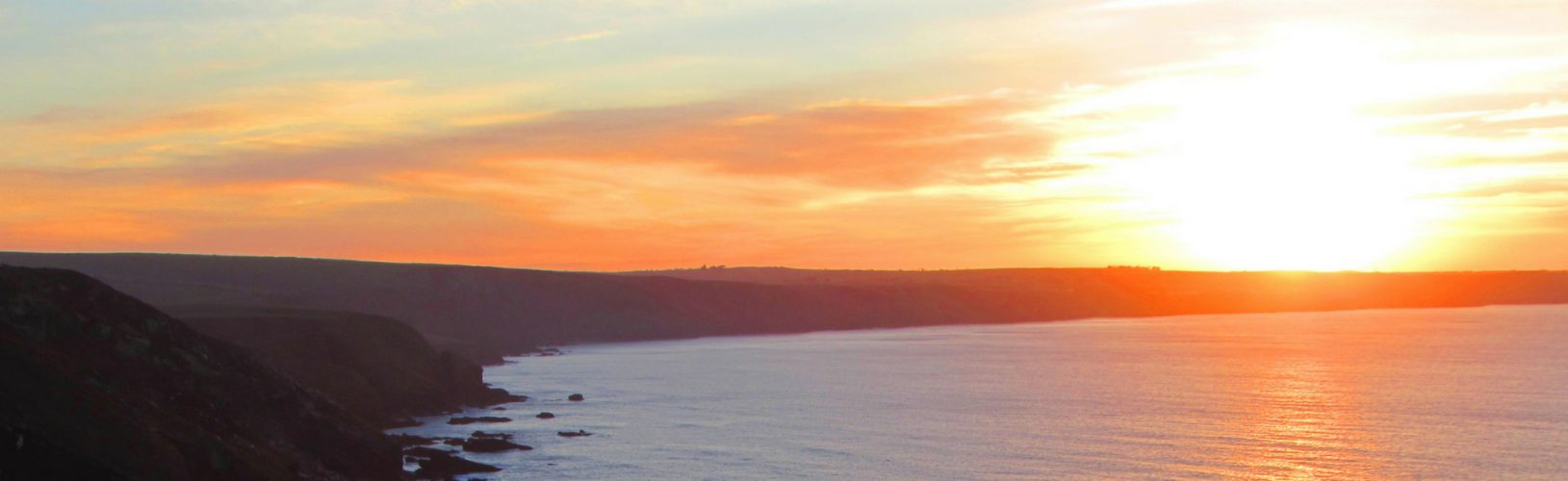 sunset cornwall new year yoga retreat cornwall