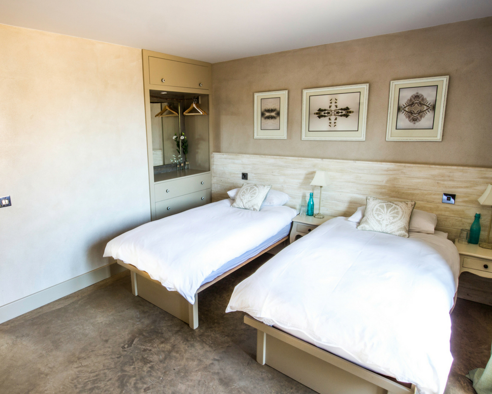 bedroom twin beds august bank holiday yoga retreat norfolk