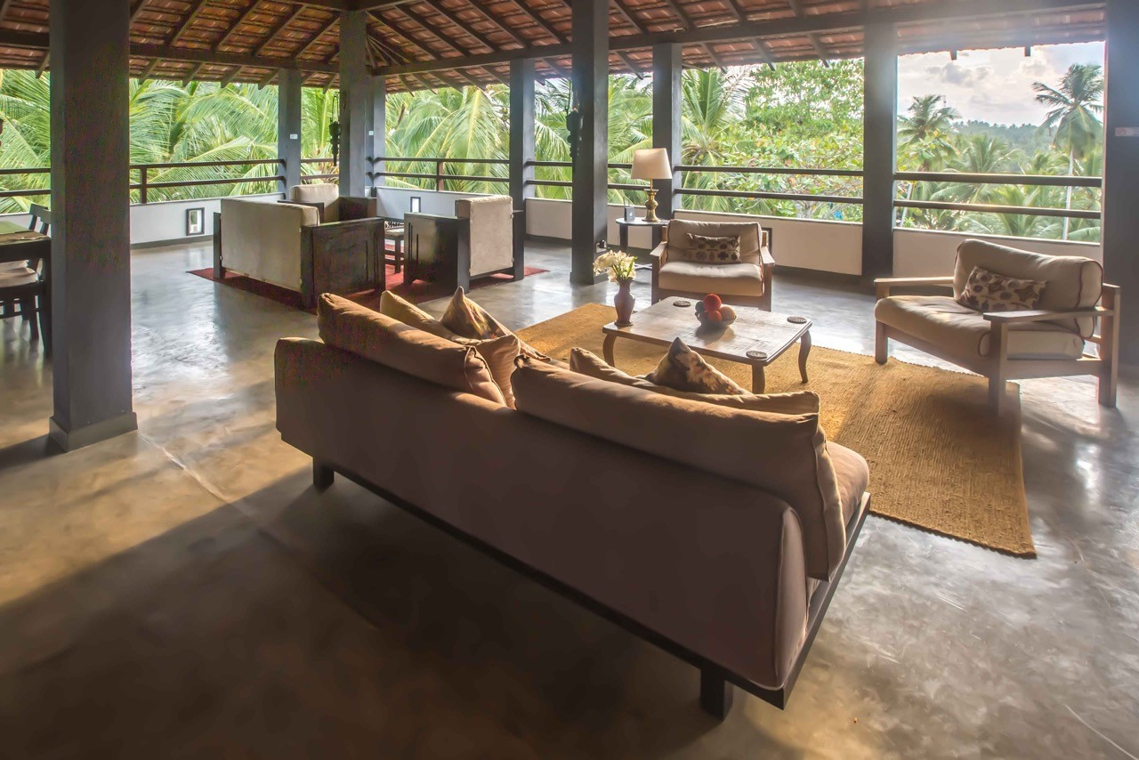 Sri-Lanka-Jasper-house-rooftop-lounge-sunshine,
