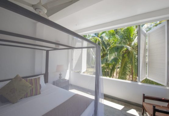 Sri-Lanka-Jasper-house-double-room-sunshine-surf-beach-yoga-holiday