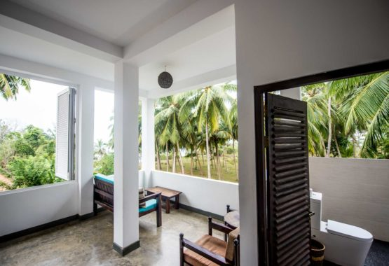 Sri-Lanka-Jasper-house-double-room-open-air-outdoor-bathroom