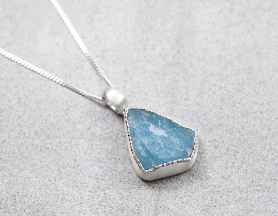 twodots jewellery aquamarine pendant in silver