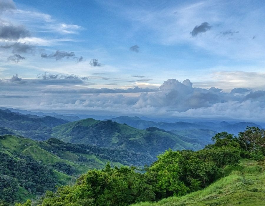 lush green mountains and hills - yoga holiday costa rica