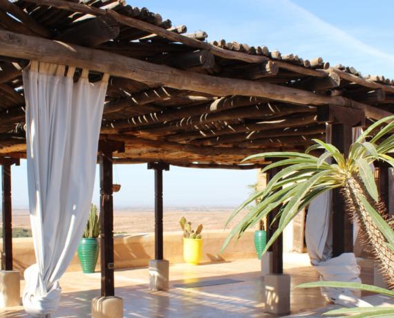 outdoor yoga studio yoga holiday Marrakech
