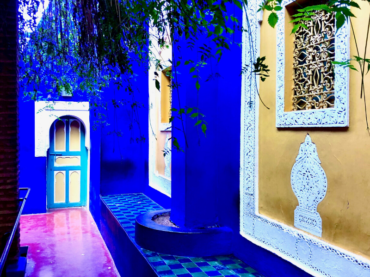 blue and yellow walls Ives-Saint Laurent Garden Marrakech